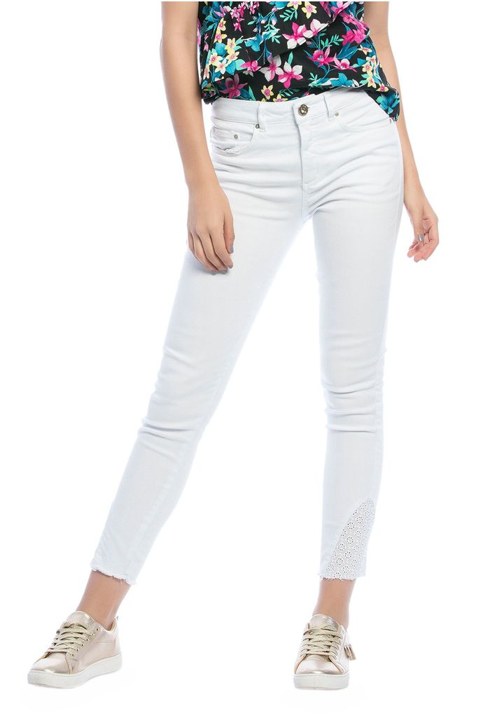 skinny-blanco-e135597-1