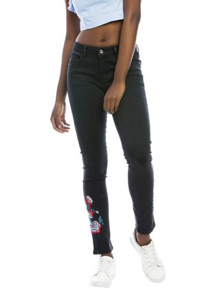 skinny-negro-e135536-1