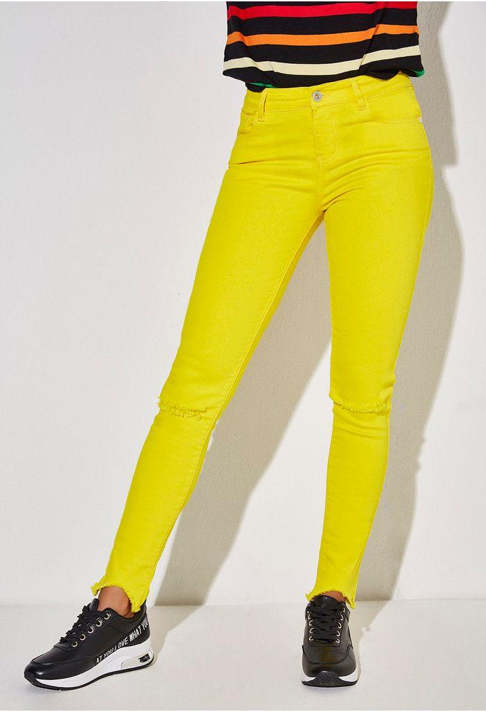 skinny-amarillo-e135692d-1