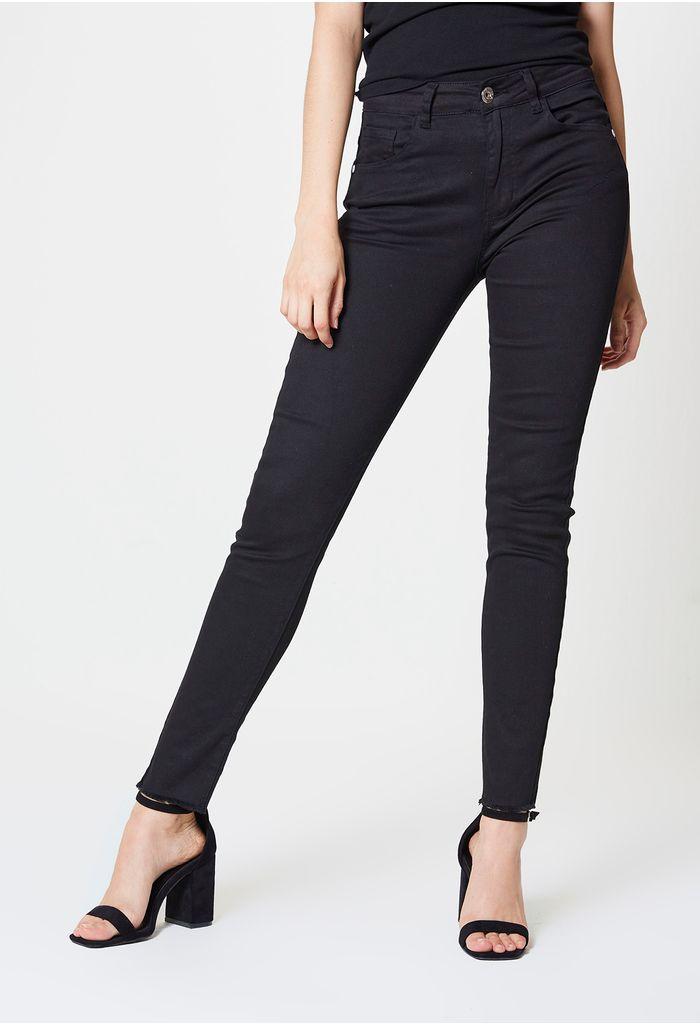 skinny-negro-E136439-01